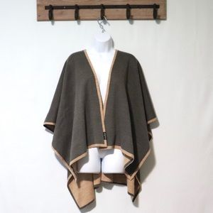 V Fraas tan gray shrug poncho sweater One Size